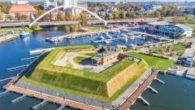 Położony u ujścia Parsęty port i osada były istotnym ośrodkiem morskim już w czasach Mieszka I i Bolesława Chrobrego. Kołobrzeg był głównym portem państwa rządzonego przez Piastów i zapewniał kontakty […]